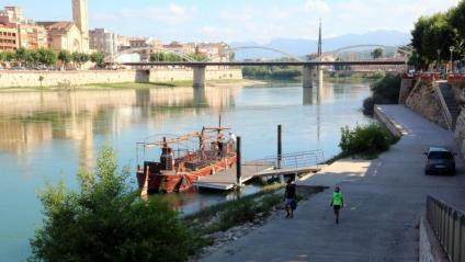 Vista del riu Ebre, al seu pas per Tortosa