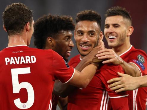 Els jugadors del Bayern celebren un gol.