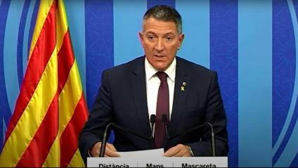 El conseller d'Interior, Miquel Sàmper, durant la roda de premsa d'aquest diumenge