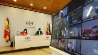 La ministra de Política Territorial, Carolina Darias, i el de Sanitat, Salvador Illa, durant la reunió del Consell Interterritorial d'aquest dimecres