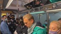 La policia deté Aleksei Navalni a l'aeroport