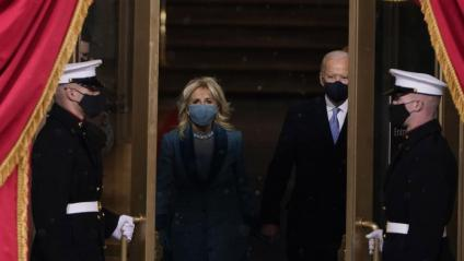 Joe Biden i la seva dona, Jill Biden, a la cerimònia d'investidura com a nou president dels EUA