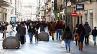 Els comerços madrilenys no essencials hauran de tancar una hora abans, a les nou de la nit