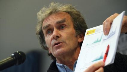 El director del CCAES, Fernando Simón, a la roda de premsa d'aquest dilluns