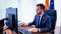 El vicepresident del govern en funcions, Pere Aragonès, durant la trobada telemàtica amb els alcaldes i alcaldesses dels municipis afectats pels aldarulls