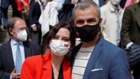 La presidenta de la Comunitat de Madrid i cap de llista del PP a les eleccions del 4 de maig, Isabel Díaz Ayudo, amb el candidat expulsat Toni Cantó