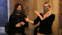 Les diputades Laura Vilagrà (ERC) i Elsa Artadi (JxCat), ahir als passadissos del Parlament