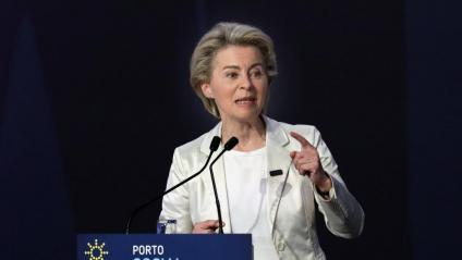 La presidenta de la CE, Ursula von der Leyen, aquest divendres a la Cimera Social de Porto