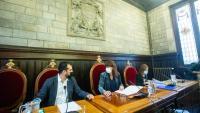 L'alcaldessa Marta Madrenas (c), al plenari de l'Ajuntament de Girona que ha avalat els pressupostos