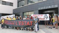 Manifestació en suport dels CDR processats, davant els jutjats de Mollet del Vallès