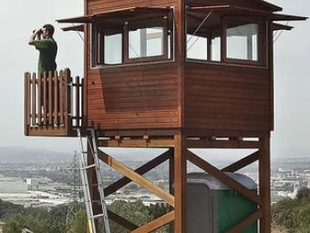 La nova torre de guaita a El Raiguer de Montornès