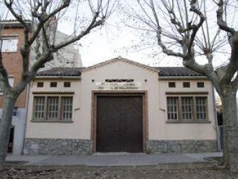 L'edifici de la Cambra Agrària que està a tocar de la riera i del Casal de Vallromanes GRISELDA ESCRIGAS