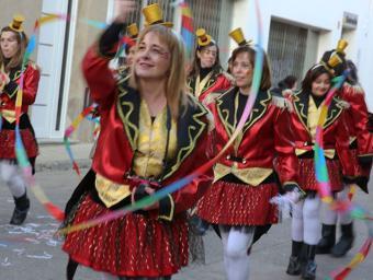 Imatge de la rua del Carnaval de Roda, l'any passat albert llimós