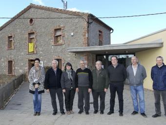 Vuit alcaldes dels 13 municipis que formen el Lluçanès es van reunir ahir dimecres a la seu del Consorci  Jordi Puig