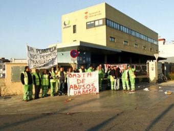 Una mobilització dels treballadors de la neteja de Mollet, que van patir retallades per la reducció de despesa de l'Ajuntament Ramon Ferrandis