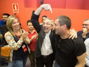 Mayoral indica el número 13, Rudy Benza, el darrer regidor aconseguit que li donava la majoria absoluta Xavier Solanas