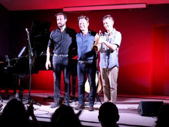 David Carabén, al mig, després del concert de Molló