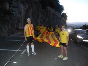 El CAI va portar la Flama del Canigó a Montserrat Info Anoia