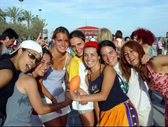 Marató de riure organitzada fa uns anys a Calafell  ARXIU