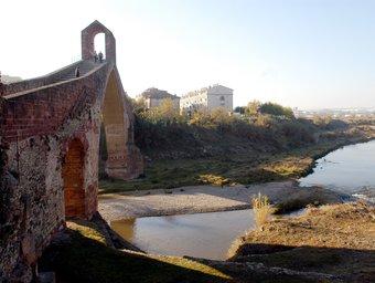 El riu Llobregat, a la imatge a l'alçada del pont del diable de Martorell, ha estat un dels analitzats pels experts de l'ICRA ORIOL DURAN