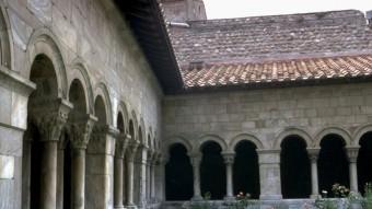 El claustre de la catedral d'Elna, un dels indrets del festival A.R