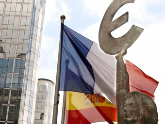 Estàtua davant les institucions europees a Brussel·les. V.M