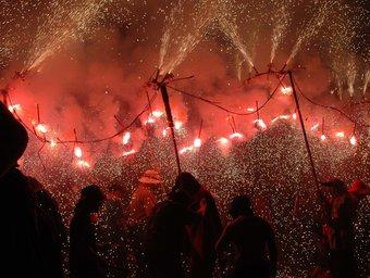 La festa del foc i l'aigua que purifica Caldes de Montbui.  SORTIM