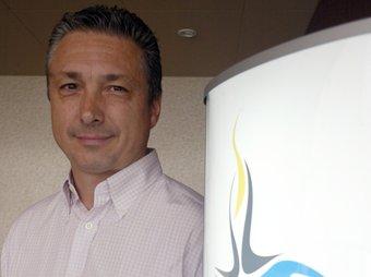 Mario Rigau.  J. FERNÀNDEZ