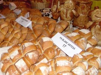 El pa, és el protagonista de la fira artesana de Torrelles de Foix.  C.MORELL