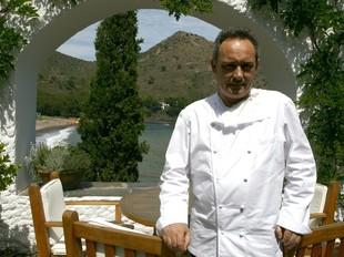 Ferran Adrià, fotografiat al restaurant.  EL PUNT