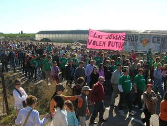 Una protesta dels veïns d'Alcanar contra el Castor, prop d'on es farà la planta.  EL PUNT