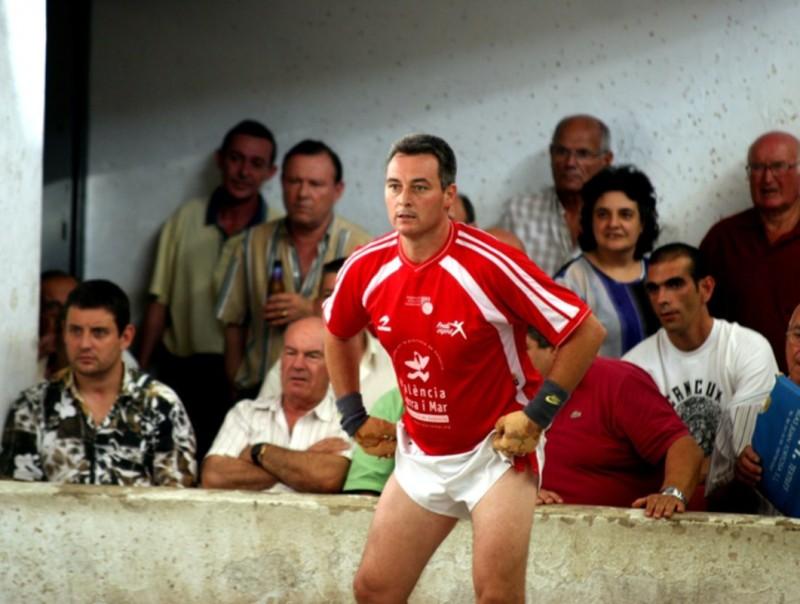 Loripi, durant una partida de la Lliga de raspall al trinquet d'Oliva. VALNET
