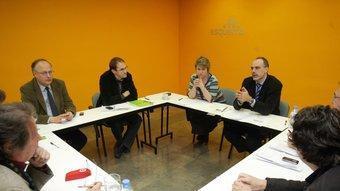Els dirigents d'ICV, Joan Herrera, i ERC, Anna Simó i Joan Ridao, en una reunió de treball GABRIEL MASSANA