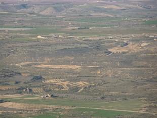Vista des de Montmeneu, fins ara l'únic mirador de la plana sud del Segrià. Caixa Catalunya crearà ara una xarxa de set nous miradors sobre els secans de Lleida.  D.M