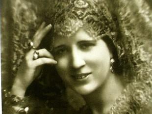 la compositora Càndida Pérez.