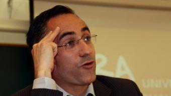 El candidat de CiU, ahir a la Universitat de Barcelona.  ACN