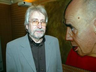 Antoni Miró en el moment de la inauguració, dijous passat a l'IEC./  ANDREU PUIG