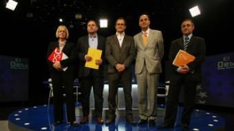 Els candidats Badia, Junqueras, Romeva, Vidal-Quadras i Tremosa, ahir abans de començar el debat de TV3.  ORIOL DURAN