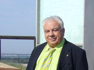 Narcís Deusedas va escollir el Mirador de l'Empordà com a lloc emblemàtic del poble.  M.V