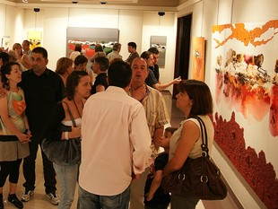 Un moment de la inauguració de l'exposició.