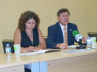 Cristina Alsina i Lluís Freixas, vicepresidenta i president del Consell Comarcal del Gironès, que aquest mes s'intercanviaran els papers.  DANI VILÂ