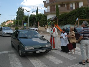 Imatge de la tradicional benedicció de vehicles diumenge passat a Vimbodí. EL PATI