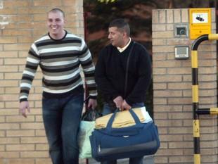 Hammad i Morcillo, abandonant la presó de Girona el febrer passat. /  EUDALD PICAS