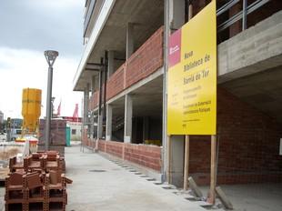 Les obres de la nova biblioteca, en els antics terrenys de la Coca-cola.  D.V