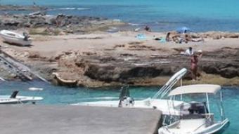 Una de les cales de l'illa de Formentera.
