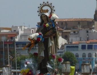 Processó marítima de la Mare de Déu del Carme amb la barca Nova Gacela a Palamós.  A. VILAR