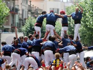 Moment d'eufòria dels Capgrossos a Les Santes de l'any passat.    QUIM PUIG