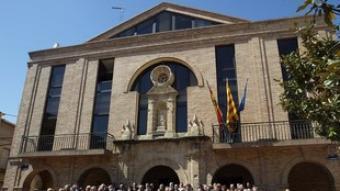 La batalla per l'autovia d'Aragó, que a l'abril va propiciar un acte multitudinari a Gandesa amb tots els grups polítics del país i econòmics de la regió, es va perdre en pactar una proposta comuna amb el Camp. Ara la torna és una autovia per Gandesa fins a Reus. J.F