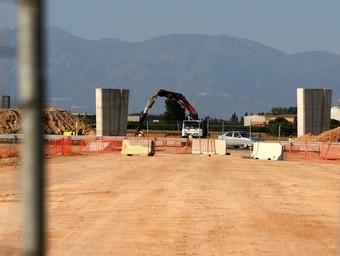 Una imatge de les obres de la carretera C-31 a l'altura de Viladamat.  LLUÍS SERRAT