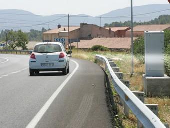 El radar és a l'N-240 entre l'Espluga i Montblanc, en un carril d'acceleració.  MARTA MARTÍNEZ